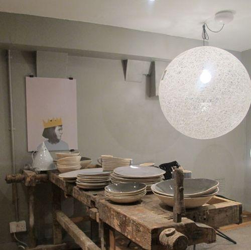 C mo hacer una l mpara de cuerda para decorar moderno - Como hacer una lampara de pared ...