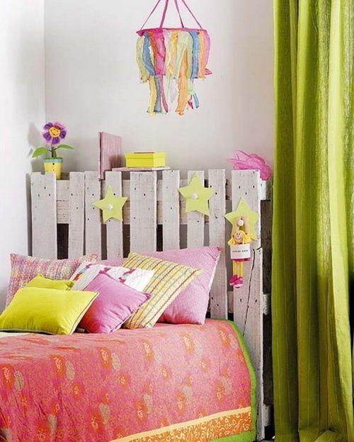 Palets para decorar dormitorios como cabeceros de cama decomanitas - Decorar cabeceros de cama ...