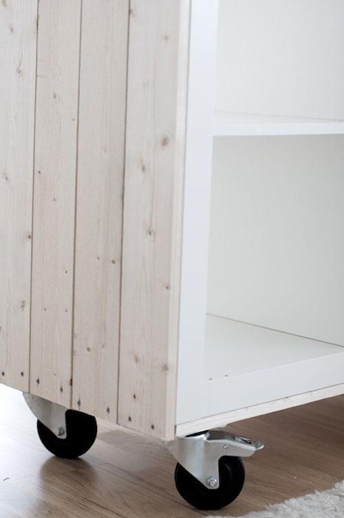 Muebles de ikea tuneados idee per interni e mobili for Como tunear muebles de ikea