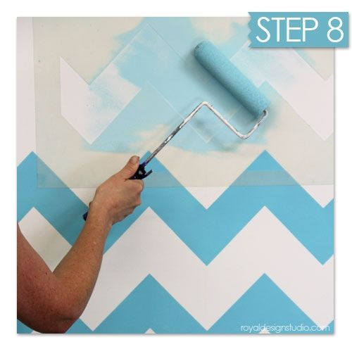 Nuevas ideas geom tricas con plantillas para pintar for Como decorar una pared con pintura
