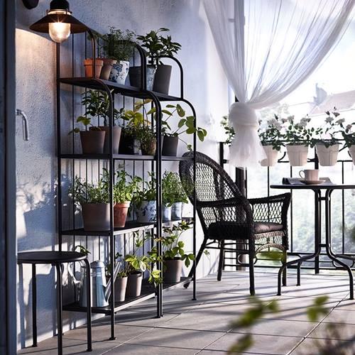 Muebles de terraza para espacios peque os by ikea for Muebles para balcon exterior pequeno