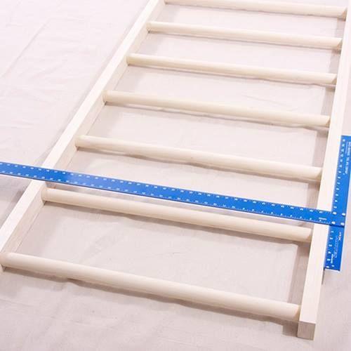 Cabeceros de cama originales para hacer con tiras - Cabecero con laminas de madera ...