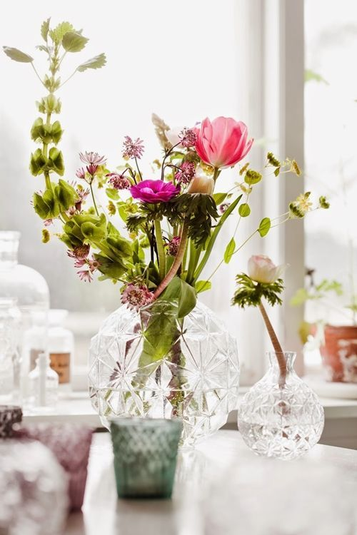 Jarrones con flores para decoraci n de interiores decomanitas - Decoracion de jarrones ...