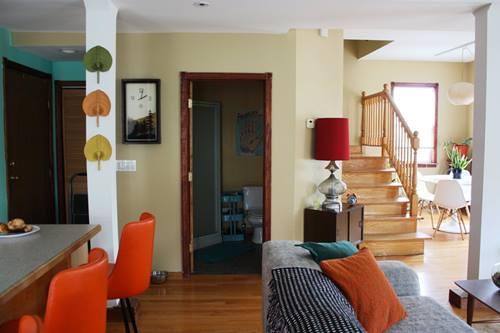Una casa con decoraci n retro llena de detalles for Detalles decoracion casa