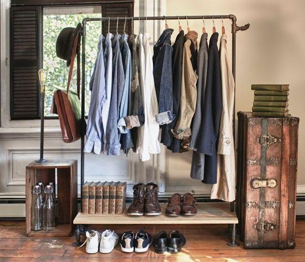 Burros para ropa los percheros a la vista 39 rompen 39 en decoraci n 4 decomanitas - Colgadores de ropa de pared ...