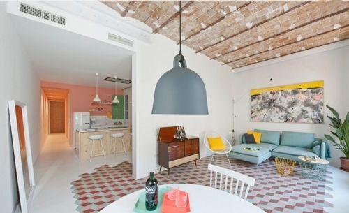 Casas con encanto reforma fuera tabiques de un piso en - Casas con encanto barcelona ...