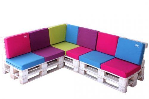Los 25 muebles con palets m s originales jam s vistos en - Que sofas que muebles ...